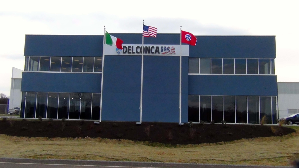 Del-Conca-Flags-Building1